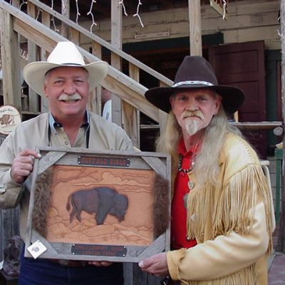 2nd Place - Roy Harper with his Electronic Chili. Pictured here with Mountain Artist, Billy Williams, who created this beautiful trophy